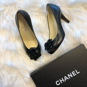 Chanel Camelia Flower Black Pumps
