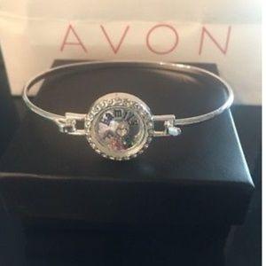 🌸New🌸 Avon Many Blessings Bangle Always Family