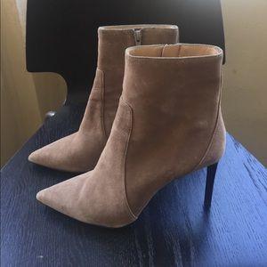 Banana republic camel suede heels