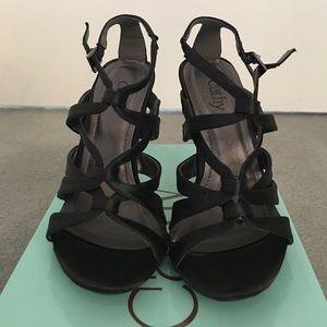 Cathy Jean Heels - Size 5