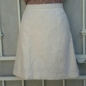 White/cream lace a line skirt Vince Camuto