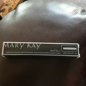 Mary Kay Lash Love Waterproof Mascara
