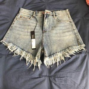 Blanknyc way harsh high rise shorts