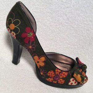 Sz 7 Unlisted Floral Print Peep Toe Pumps