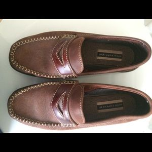 Ladies Hush Puppies leather penny loafers sz 8.5W