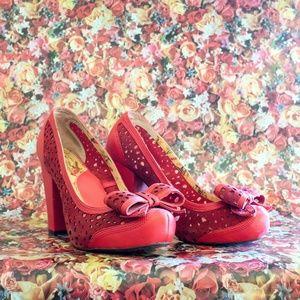 red retro block heel bow pumps
