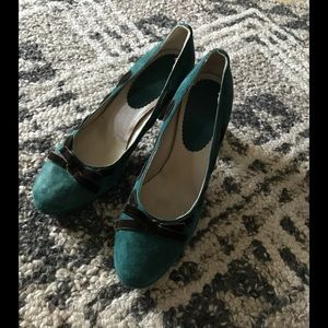 Boden suede pumps with velvet trim 39 NEW