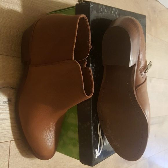 1e3a82693ebd4a Never worn Sam Edelman Petty