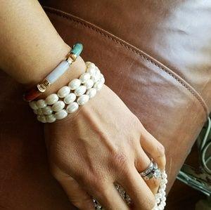 Jewelry - Vintage Pearl Bracelet