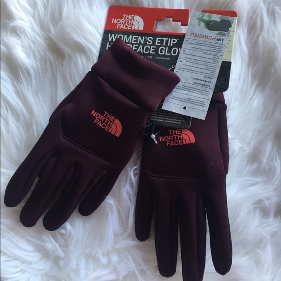 4956ddb03a The North Face Accessories | Womens Etip Hardface Glove M | Poshmark