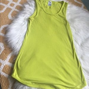 under armour tank top size M