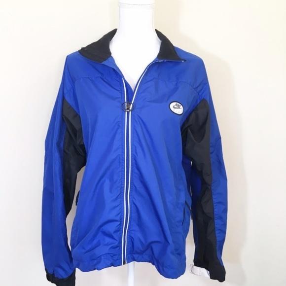 35ad227947 Vintage Nike Fit Windbreaker Jacket Size Small. M 59dd3c9a2ba50aec75024fe7
