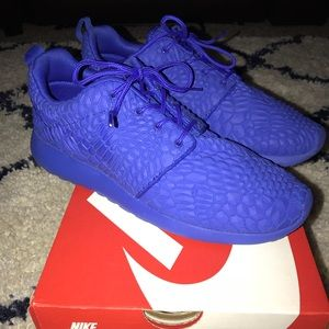 4e9ad5a3e371 ... uk nike shoes nike dmb diamondback blue purple roshe one shoes 6a979  fe61f