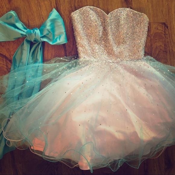 9045bb690da Unicorn Prom Homecoming Formal Quinceanera Dress. M 59dd408e6d64bc11d1025f76
