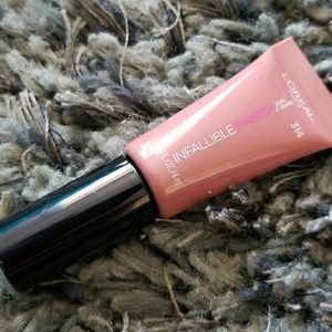 FREE W/ $35 PURCHASE! NWT L'oreal Infallible Paint