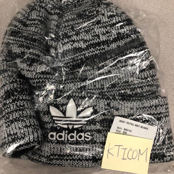 buy popular d7d41 21cd5 Adidas Men s trefoil knit beanie one size