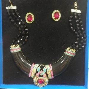 Heidi Daus statement necklace/earring set