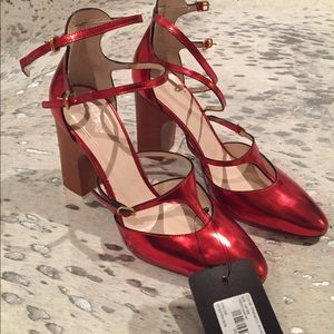 Chloe red metallic ankle strap block heel
