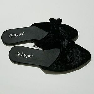 Hype Shoes - Bow -Accented Black Velvet Flat Mules Size 7
