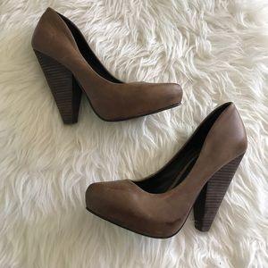 Trouve high heels