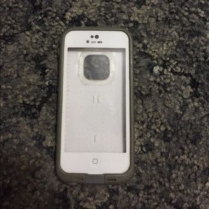 Lifeproof case for iPhone 5