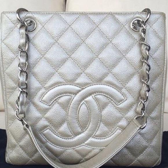 750d62a9a376 CHANEL Handbags - Authentic Chanel Champagne Petit Shopper!
