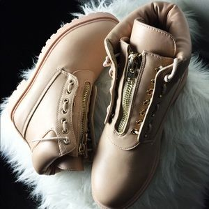 PrettyLittleThing Shoes - Nude Zip Up Boots