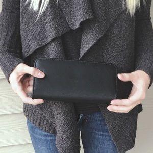 Handbags - Black faux leather wallet