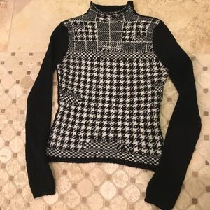 United Colors of Benetton houndstooth sweater