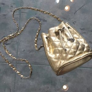 Vintage Gold Quilted Bucket Bag