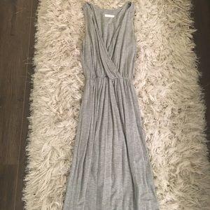 Lush Vneck Maxi dress 😍