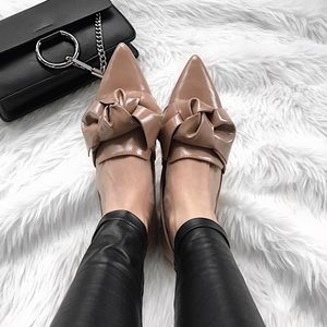 ZARA Bow Nude Patent Pointed Flats