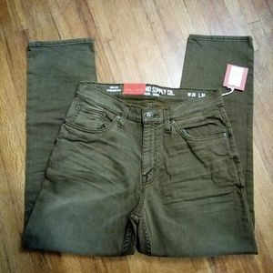 Men's Jeans Athletic Fit Size 30x30 or 30x32