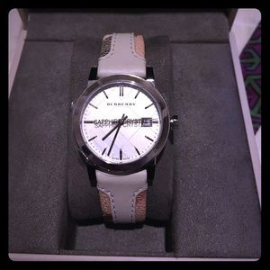 Burberry The City Haymarket & leather band watch
