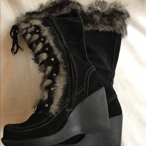 Do tall boots with faux fur