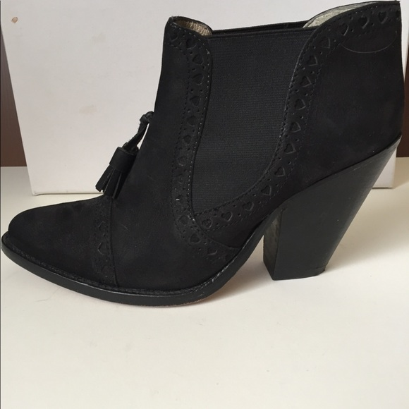 aa647d136ab6c5 paul   joe sister Shoes   Paul Joe Sister Anthropologie Ankle Boots ...