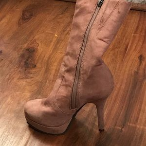 Schutz rose high ankle faux leather boots