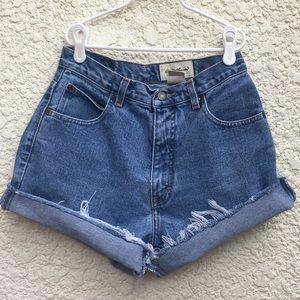 Vintage 90s High-Waisted Med Wash Shorts