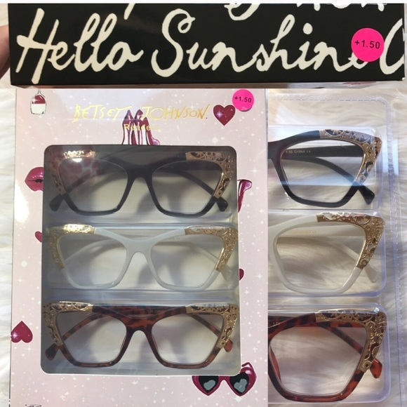 6a1f743addc7 NWT BETSEY JOHNSON READING GLASSES 👓 +2.00