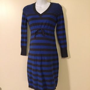 Small maternity sweater dress