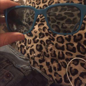 BURBERRY  NWT Teal sunglasses