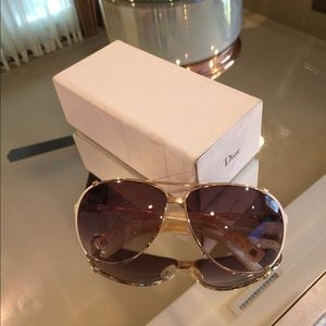 Dior Chicago 2 sunglasses