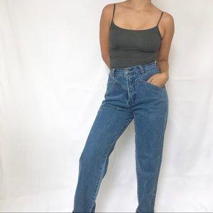 • Vintage Denim Mom Jeans •