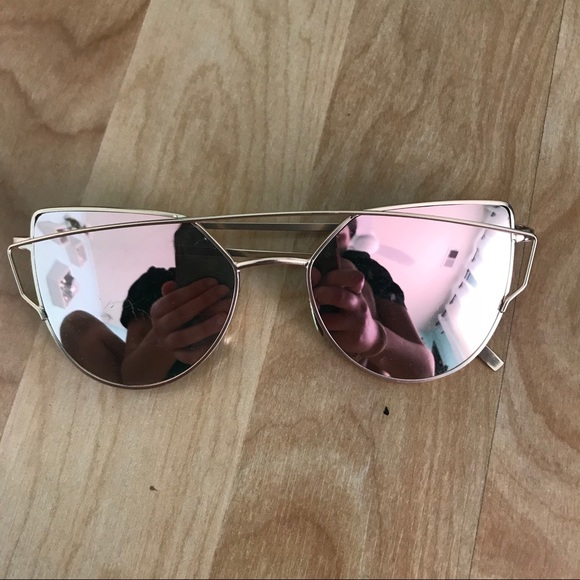 cc4b62623ca9 M 59de382f5c12f82dd8022864. Other Accessories you may like. Urban  outfitters sunglasses