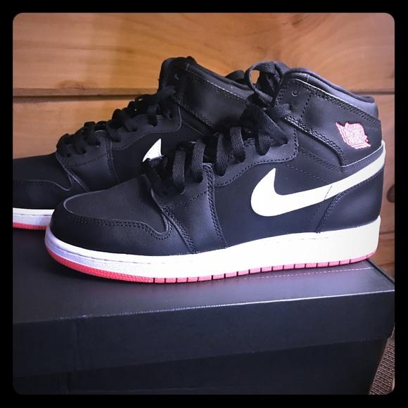 Nike Shoes | Air Jordan Retro High Fits