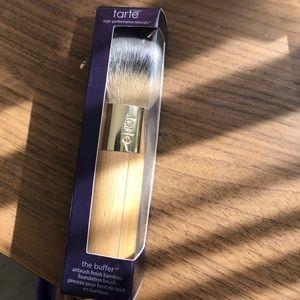 Tarte foundation brush BRAND NEW NEVER USED