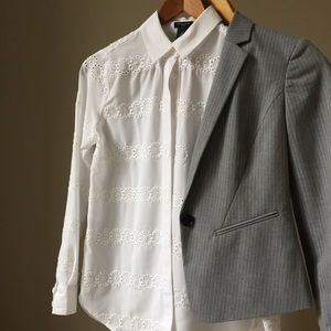 Ann Taylor button down shirt; size 00P