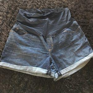 Liz LangexTarget maternity jean shorts