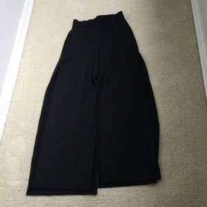 Black high slit pant