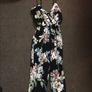 Floral Print Jumpsuit 💗